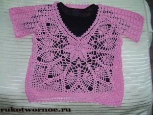 Rozovyi_ajurnyi_pulover